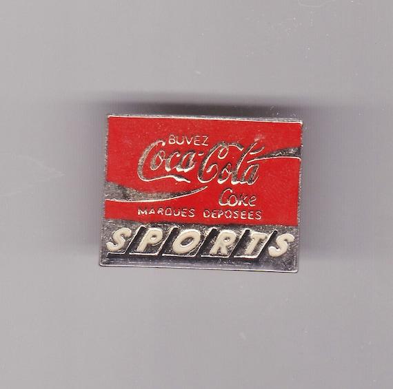 Vintage COCA COLA badge pin 1960s Advertising Logo Trade Mark Soda Brand