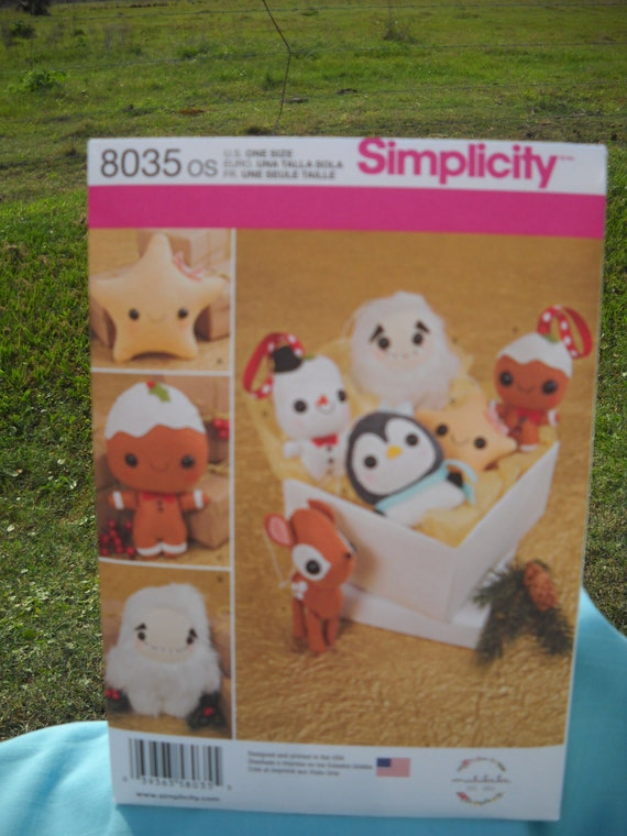 Simplicity Sewing Pattern 8035 Stuffed Animals and Ornaments