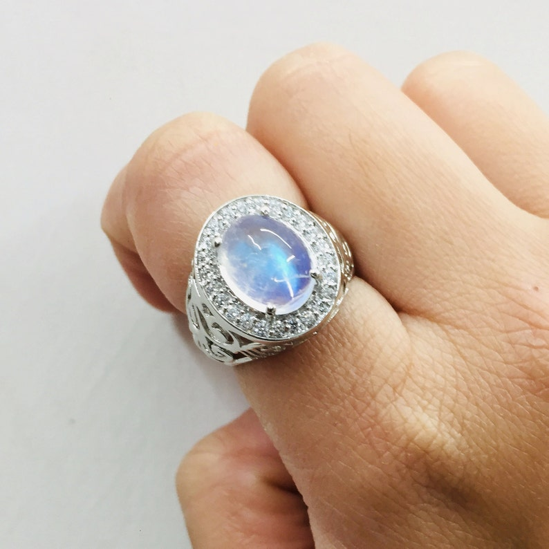 9x11 Oval Prone Setting Ring Brilliant Cabochon Natural Rainbow Moonstone Ring Cluster Ring Dawn Ring Present /& Gift 925 Silver Ring