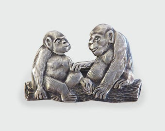 Vintage Monkey Ape Brooch set in Silver BR18