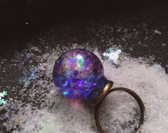 Glitter globe ring, mermaid jewelry, dome ring, glass dome ring, metallic glitter, winter jewelry, christmas gift, adjustable ring, gifts