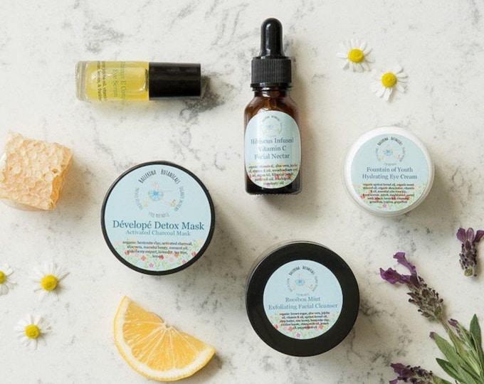 Facial Care Kit | Spa Gift Box with Organic  Scrub, Face Mask, Facial Serum, Organic Eye Cream, & Eye Serum | Gift for Her, Host Gift