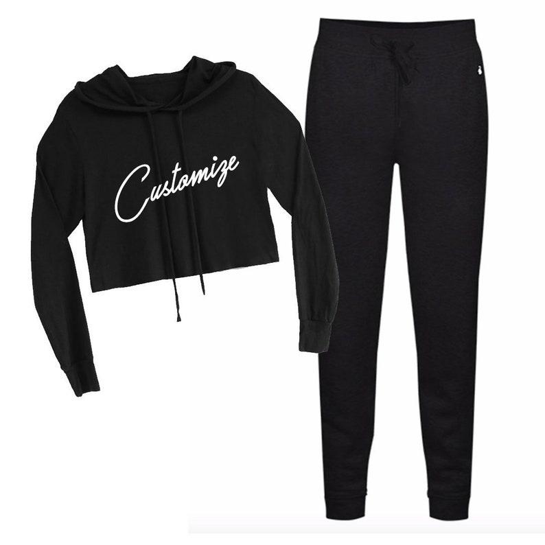 CUSTOM TEXT Soft Fleece Long Sleeve Crop Sweatshirt and Black Jogger Pants Set Customize Hooded Black Crop Sweater and Jogger Set Travel Set