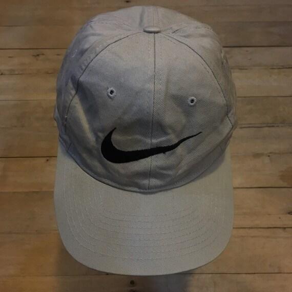Vintage 90s Nike swoosh snapback