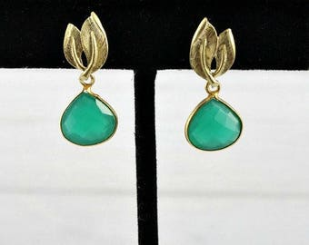 Emerald Earrings, Leaf Earrings, Gemstone Earrings, Drop Earrings, Stone Earrings, May Birthstone Jewelry, Small Earrings, Gold Earrings,