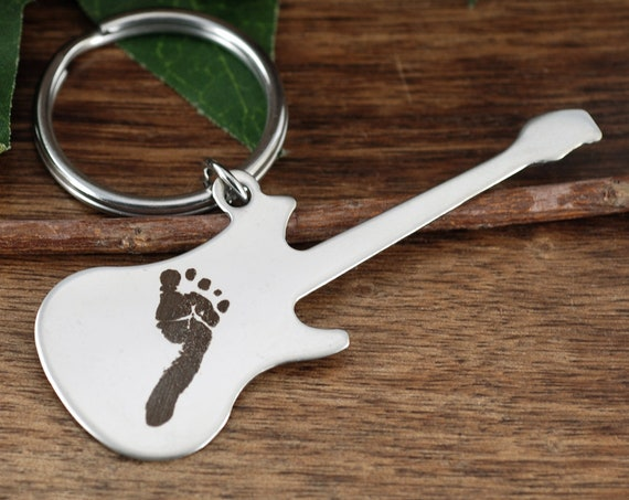 Actual Footprint Keychain, Guitar Keychain for Dad, Daddy KeyChain, Engraved Keychain with Baby Feet, Gift for New Dad, Fathers Day Gift