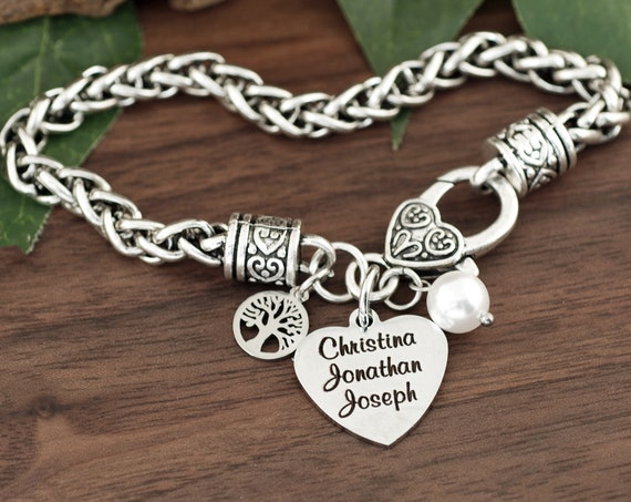 Personalized Bracelet with Names, Mothers bracelet for Mom, Mothers Jewelry, Name Jewelry, Engraved Bracelet, Monogramed with Names
