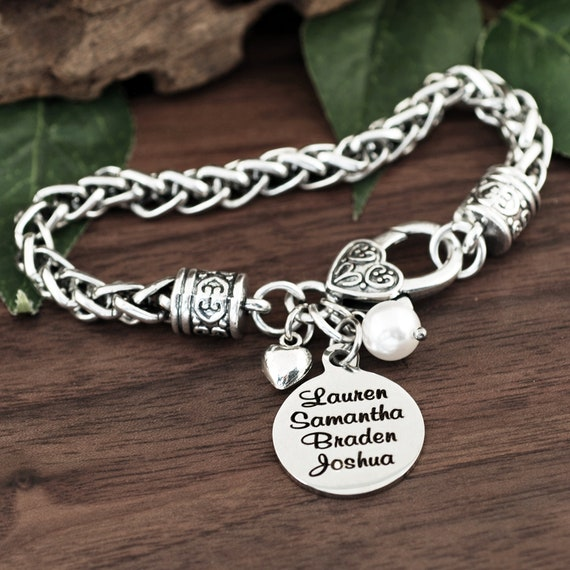 Mothers bracelet for Mom, Personalized Bracelet with Names, Mothers Jewelry, Name Jewelry, Engraved Bracelet, Monogramed with Names