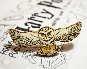 "Wooden Brooch ""Hedwig"", Wooden Owl Brooch, Cute Wooden Owl Brooch, Harry Potter hand painted"