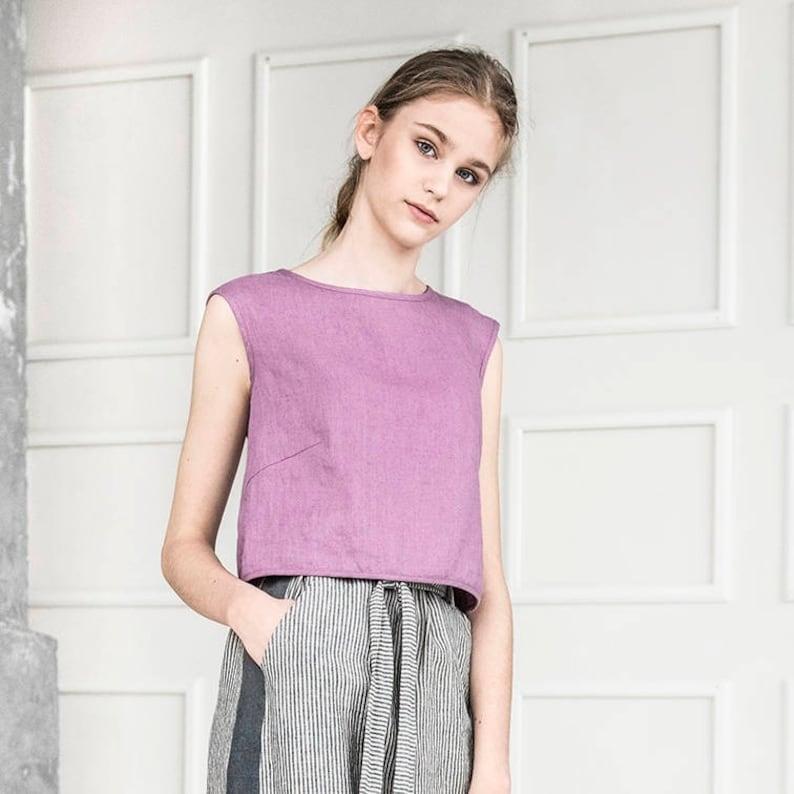 Linen tank top Stylish blouse Linen crop top Flax top Trendy crop tops Summer top Sleeveless croptop Casual top Linen split back top