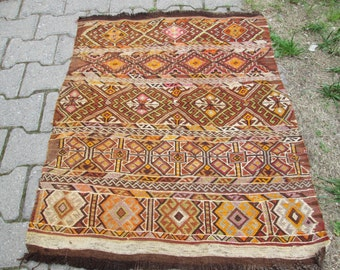 Vintage Kilim rug Turkish Kilim Rug  OLD Embroidery Rug ,Pastel Colorful Rug Small DEcor Rug