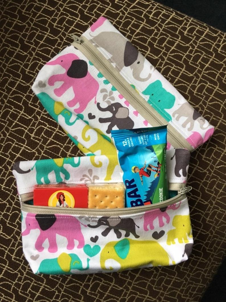 Set of 2 zipper pouches