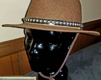 Vintage LL Bean Brown Wool Felt Fedora Sz 7 Made In England Embellished  Leather Studded Band Unisex 7273f21f8e73