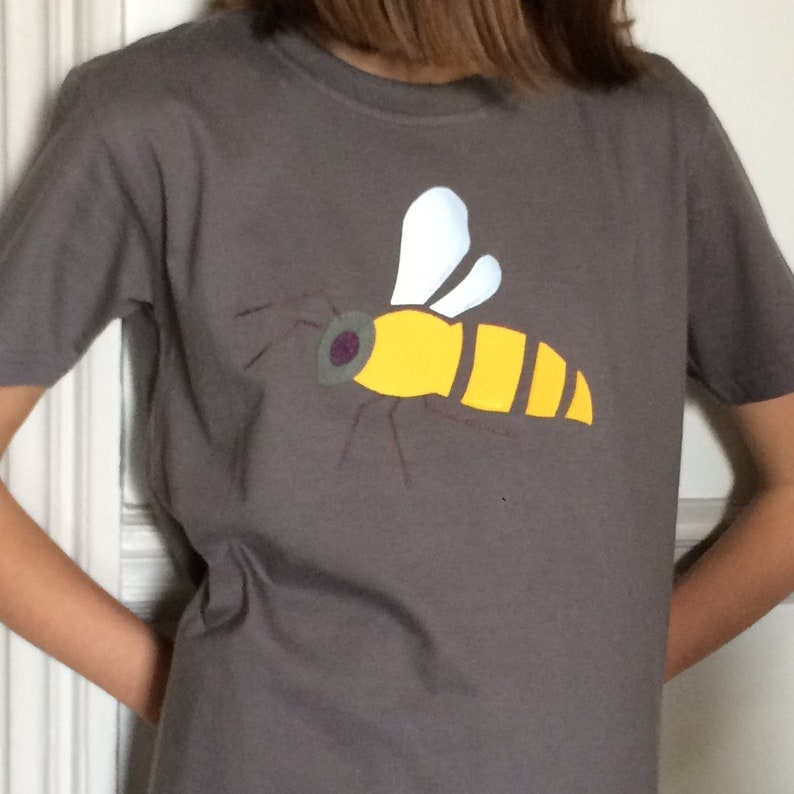 eca6fe31597 Kids Bee T-shirt Birthday Gift Clothing Embroidery