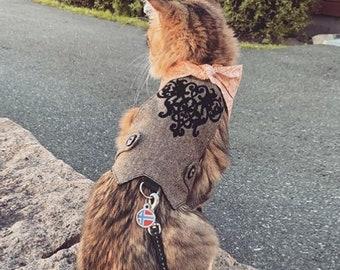 Cat Harness with Velvety Openwork Design. Difficult to escape. Custom made. Handmade Vest. Summer Autumn Fall Winter. | ALLCATSGOOD