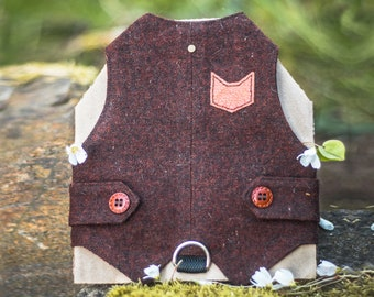 Classic Tweed Cat Walking Jacket. Burgundy cat harness. Escape proof. Harness with leather patch. Custom made. Handmade Vest. | ALLCATSGOOD