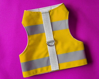 High Visibility Water-repellent Yellow Safety Cat Harness with reflective strips. Difficult to escape. Handmade Vest | ALLCATSGOOD