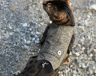 Elegant classic tweed cat walking jacket with pearl buttons. Difficult to escape. Gentleman cat harness.  Handmade Vest. | ALLCATSGOOD
