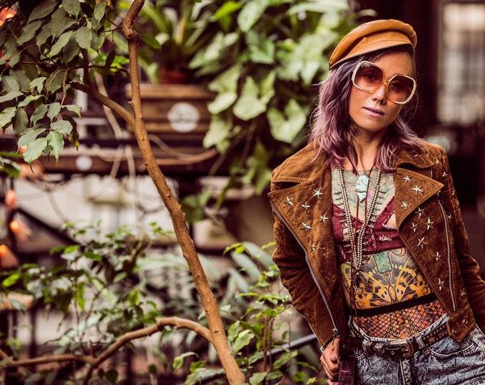 American Woman - 1970's x O.G JAKSTYLE VINTAGE CUSTOM Star Studded Vegan Suede Moto Jacket