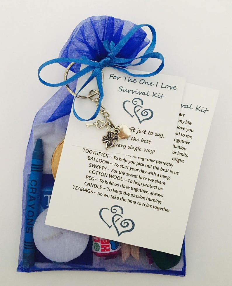 unusual Wedding Favour Thank You keepsake Gift Niece of the Bride Survival Kit