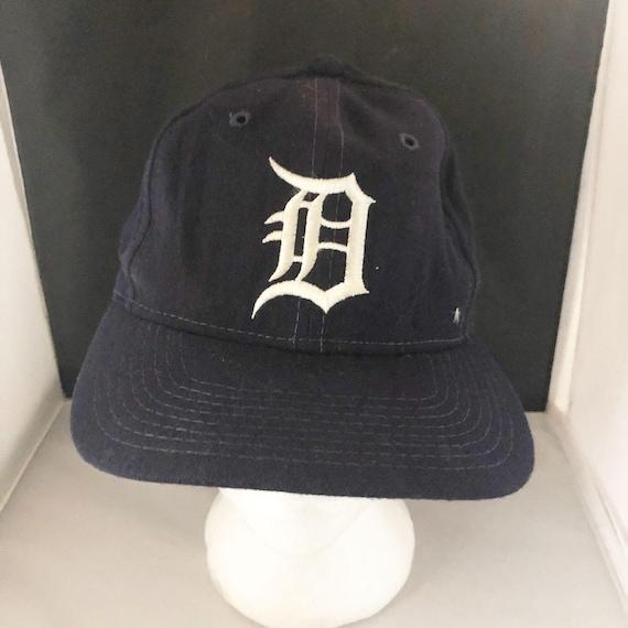 Vintage The Pro Major League Baseball Detroit Tige