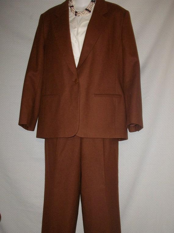 Vintage Pendelton Women's 100% Wool Pant Suit/Powe