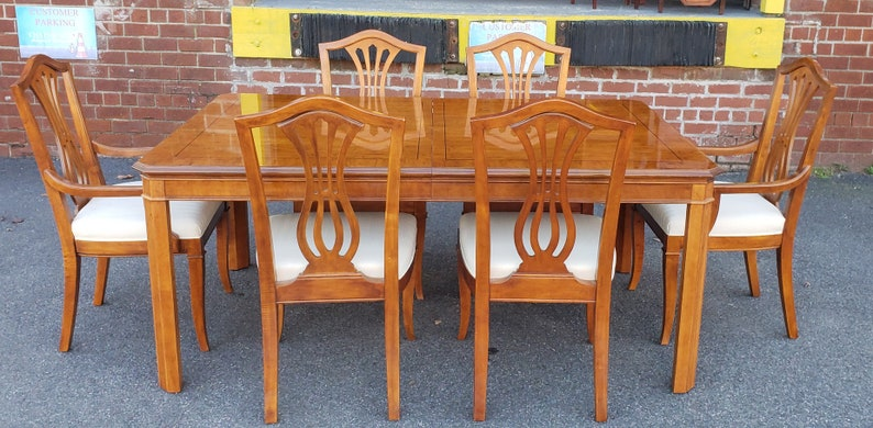 1990s Drexel Heritage Yorkshire Collection Yew Wood Dining