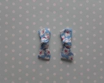 Set of 2 hair pins white clouds