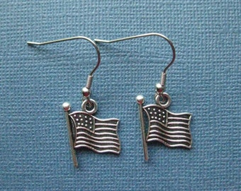 American Flag Earrings - Flag Earrings - USA Earrings - Dangle Earrings - Patriotic Earrings - Flag Jewelry -- E102