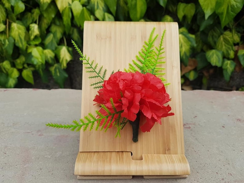 Charming Red Carnation Buttonhole With Asparagus Fern and Magnetic Fastening Corsage Wedding Groom/'s Buttonhole Dee