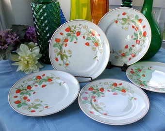 Avon Strawberry luncheon or dessert plates. Set of 4. Fine vintage porcelain hand painted with 22k gold trim. Collectible china made 1978.
