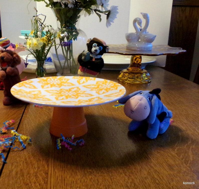 melmac plate /& pedestal Orange design Yellow,green,aqua floral Baby shower Cupcake cakestand Photo display Midcentury Melamine Cake Stand