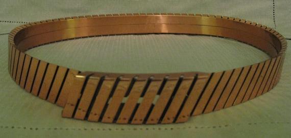 RENOIR COPPER BELT Size Medium  3 Dimensional Slan