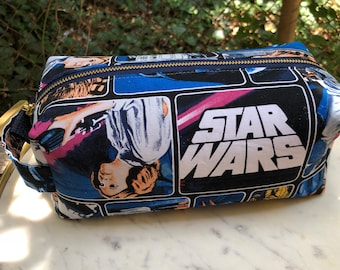 Toiletry Bag - Retro Star Wars- Empire Strikes Back- Luke, Leia, Darth Vader- R2D2 - School Supplies - Electronics case- Father's Day Gift