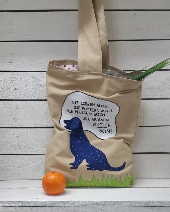 Cosmétiques, sac à provisions avec chien