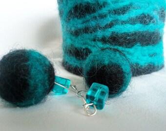 Felted bracelet and earrings