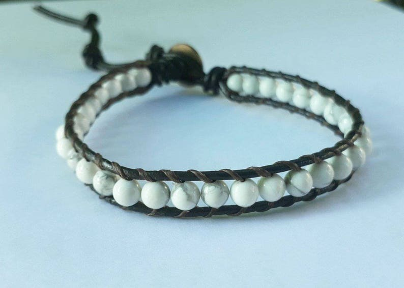 Howlite stone leather bracelets,bracelets for men and women,friendship bracelets,fashion bracelets,stretch bracelets