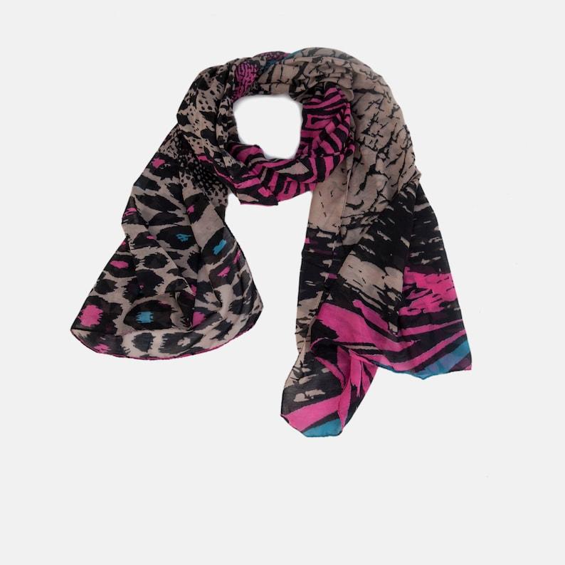 ce0baf87436 Foulard en vente Animal imprimé fluo foulard imprimé