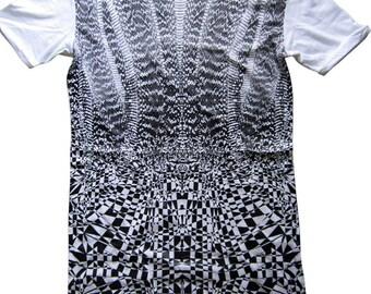 Women's Alexander McQueen T-Shirt. Alexander McQueen Dress.