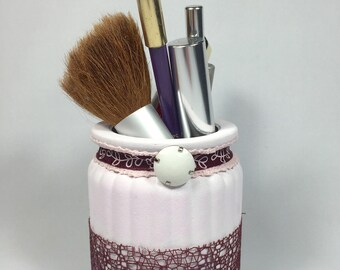 """Pot to pencils in glass """"shabby chic"""" pink powder and plum lace and Ribbon"""