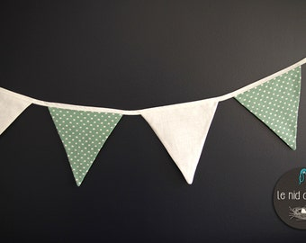 Bunting in cotton and linen