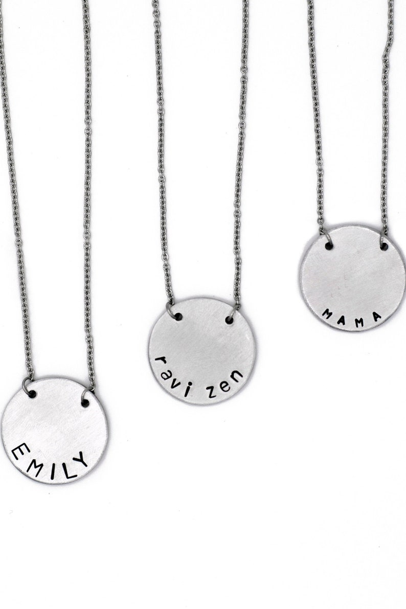 Mom Necklace with Kids Names Custom Necklace Name plate image 0