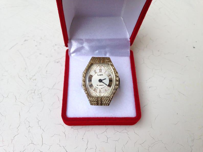 ba9f24552bc362 Damskie zegarek złoty pierścień zegarek radziecki zegarek | Etsy