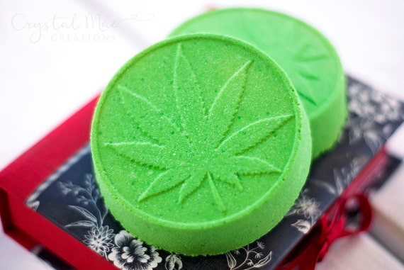 Marijuana Scented Bath Bomb - Green Bath - Hemp Seed Oil