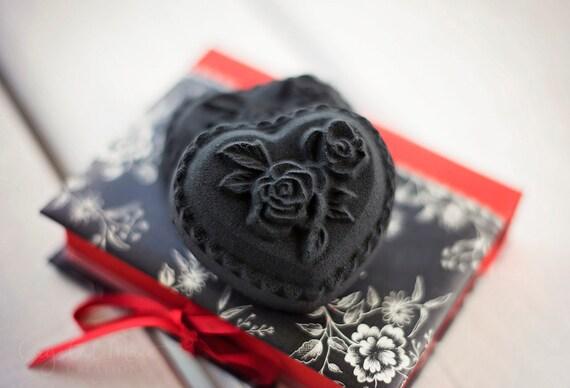 Black Heart w/ Roses  Black Bath Bomb - Lavender, Chamomile, & Sweet Orange Essential Oils