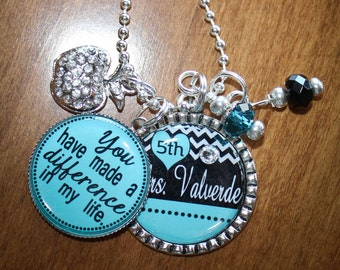 Personalized Teacher Pendant, Personalized Teachers gift, Customized Teacher Gift, Personalized Charm Pendant Keychain, Custom Teacher Gift