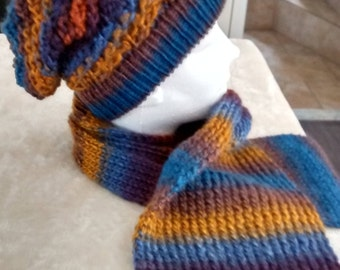 Hat style slouchy and scarf
