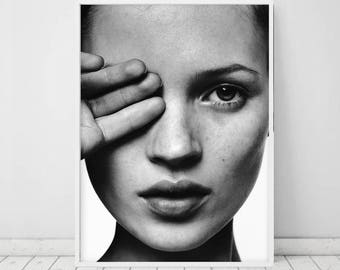 Kate Moss Poster • Fashion art Black and white photography Kate Moss print Photography art Art gallery Black & white photography prints Moss