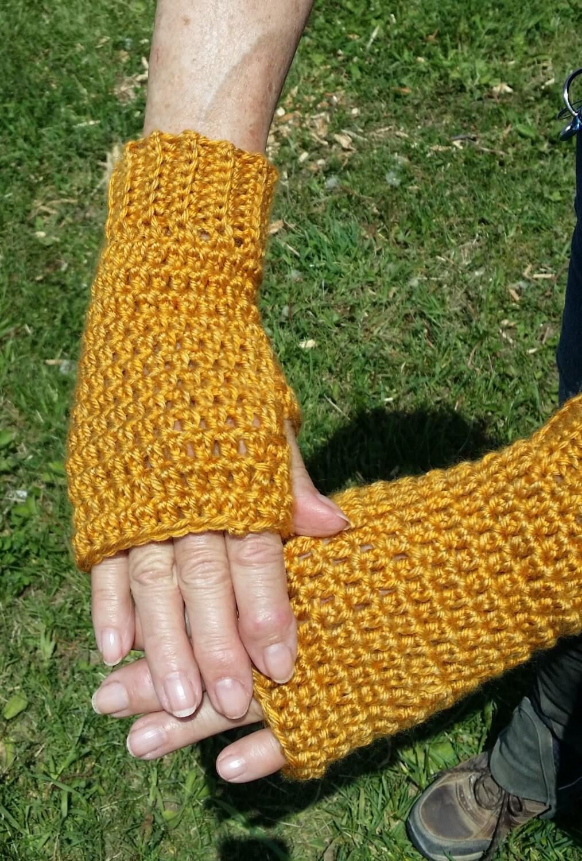 Hand Crocheted Fingerless Texting Gloves Arthritis Hand | Etsy