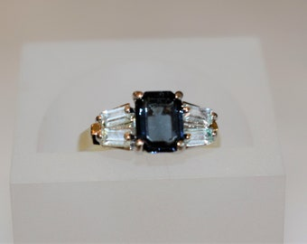 Pretty vintage Fashion ring CZ's with the look of London Blue Topaz. size 6.5